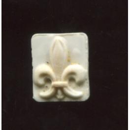 Single antique feve Fleur de lys n°1 / 0.5p24e7